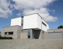 Maison neuve à toiture plate